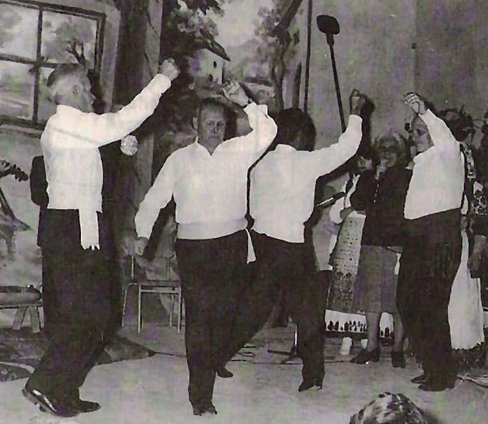 Κυριακάτικες συναντήσεις χορού | Χοροί και τραγούδια από τη Ερυθραία και τη Σμύρνη